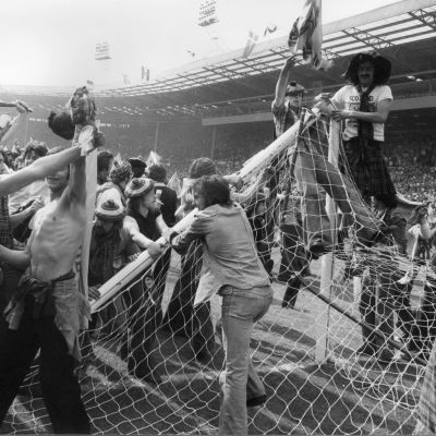 Skotlantilaiset kannattajat valtasivat Wembleyn nurmen 1977