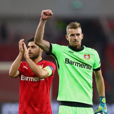Leverkusenin kaksi viime kauden avainpelaajaa Kevin Volland ja Lukas Hradecky