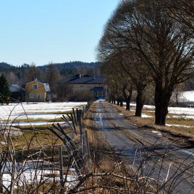 Inkilänhovi sijaitsee reilun 20 kilometrin päässä Mikkelistä.