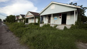 Hus i New Orleans fortfarande övergivna fem år efter orkanen Katrina.