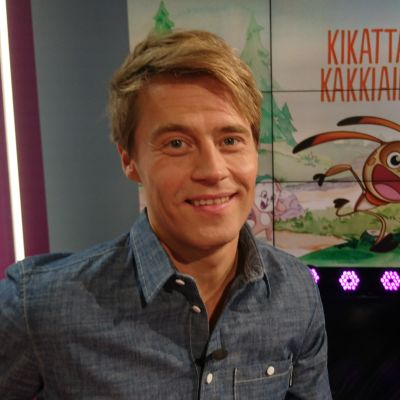 Kikattavan Kakkiaisen tuottaja Anttu Harlin