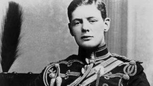 Winston Churchill univormussa vuonna 1895