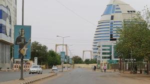 Gatorna i cetrala Khartoum är närmast öde efter de senaste dagarnas våld