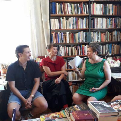 Debattörerna på Alan's Café.