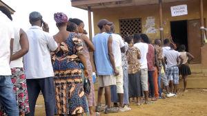 Över 81 procent av de röstberättigade deltog i valet