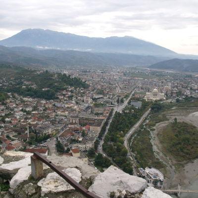 Staden Berat i Albanien