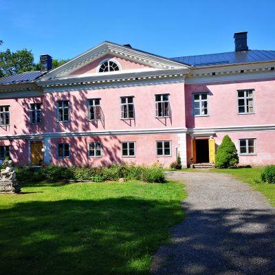 Korpo gård i juli 2019