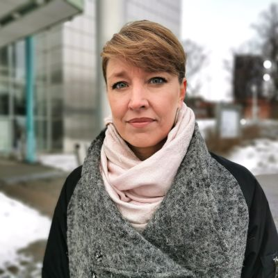 Tampereen yliopiston kuntatutkija Jenni Airaksinen