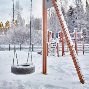 Lekplats vintertid.