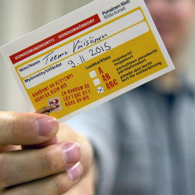 Esimerkki kondomiajokortista.