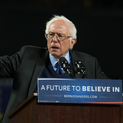 Demokraternas presidentaspirant Bernie Sanders på valmöte i Seattle, Washington