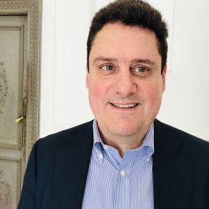 Luigi Gambardella vill se tätare handelsförbindelser mellan EU och Kina.