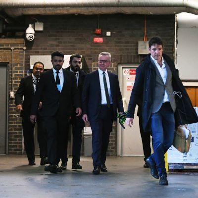 Michael Gove lämnar sin kampanjöppning.