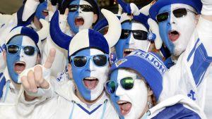 Finska fans i Ostrava 2015.