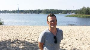 Vincent Westberg på stranden
