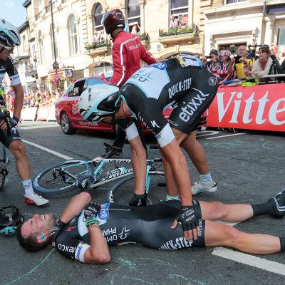 Mark Cavendish skadad.