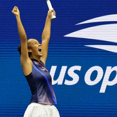 Leylah Fernadez tuuletti voittoa Naomi Osakasta US Openissa.