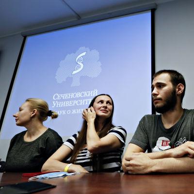 Lehdistötilaisuus Moskovassa liittyen venäläisen koronarokotteen kehittämiseen 15. heinäkuuta 2020.