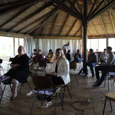 Sysmän kunnanvaltuuston kokous Sysmän VPK-lavalla 2.6.2020