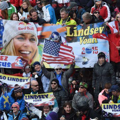 Lindsey Vonn är förhandsfavorit i störtloppet i VM.