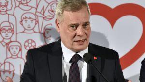 SDP:s omvalda ordförande Antti Rinne höll sitt linjetal i Lahtis 5.2.2017.