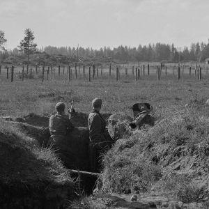JR 7:n jälkijoukot ovat lähteneet Vuosalmelta ja ovat vetäytymisasemissa Kaskiselässä. 20.9.1944