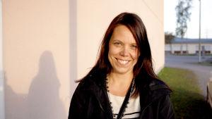 Lotta Wikström, finskalärare
