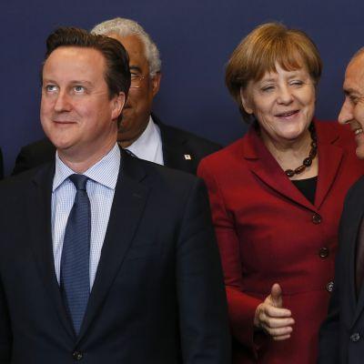 Britannian pääministeri David Cameron, Portugalin pääministeri Antonio Costa, Saksan liittokansleri Angela Merkel ja Bulgarian pääministeri Boyko Borissov EU-huippukokouksessa Brysselissä 17.3. 2016.