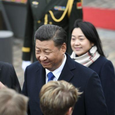 Kinas ledare Xi Jinping vid slottet i Helsingfors.