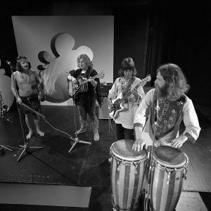 Voodoo-yhtye esiintyy Pop Story -ohjelmassa 1971