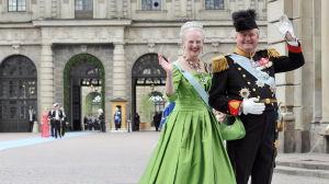 Drottning Margrethe av Danmark och prins Henrik på kungligt bröllop i Stockholm 2010.