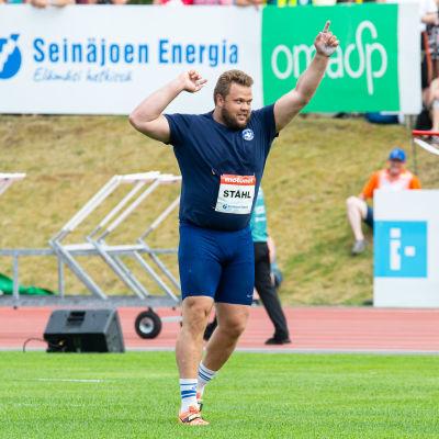 Daniel Ståhl jublar.
