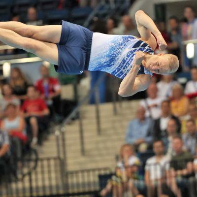 Emil Soravuo i sin vinnande serie i Europeiska spelen 2019.