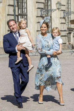 Prinsessan Madeleine med familj.