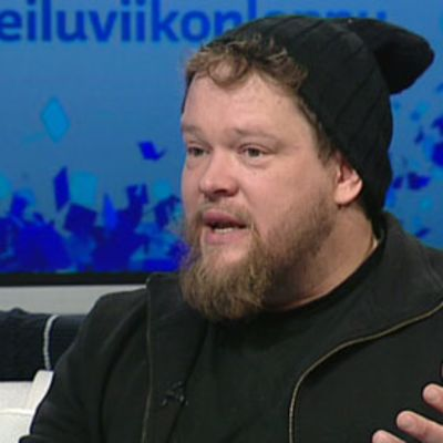 Ville Haapasalo vieraili Ylen Urheiluviikonloppu -lähetyksessä 8.12.