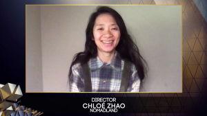 Regissören Chloé Zhao deltog i Baftagalan virtuellt, precis som de andra pristagarna.