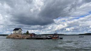 En bild på ön Isokaari utanför Runsala.