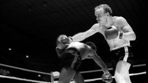 Olli Mäki boxas