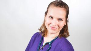 Maija Vesterinen on Ylen Kandit-sarjan eläinlääkärikandi