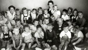 Yhdysvallat eristi lähes 11 000 amerikansaksalaista toisen maailmansodan aikana.