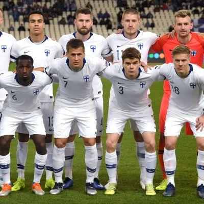 Finlands startelva i matchen mot Grekland.