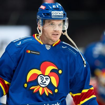 Jokereille komea päänahka - katso miten KHL:n paras miehistö hävisi