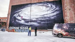 Mural föreställande vintergatans galax.