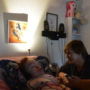 Sinikka Wiksjö tillsammans med dottern Jennifer Wiksjö.