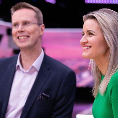 Miten valtio auttaa kulttuurialaa, ministeri Annika Saarikko?