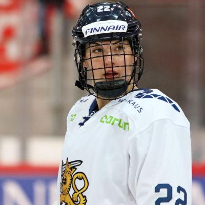Emma Nuutinen spelar för det finska landslaget.