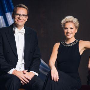 Itsenäisyyspäivän juhliminen aloitetaan TV1:llä Vuosisadan etkoilla!