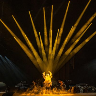 Reininkulta -oopperan Alberichin roolissa Jukka Rasilainen