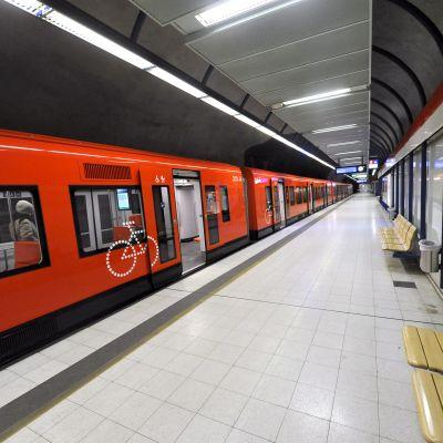 Metrostationen i Gräsviken