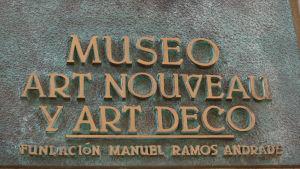 Salamancan Art nouveau ja art deco -museon kyltti